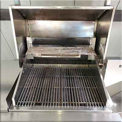 Professionally Cleaned BBQ Grill